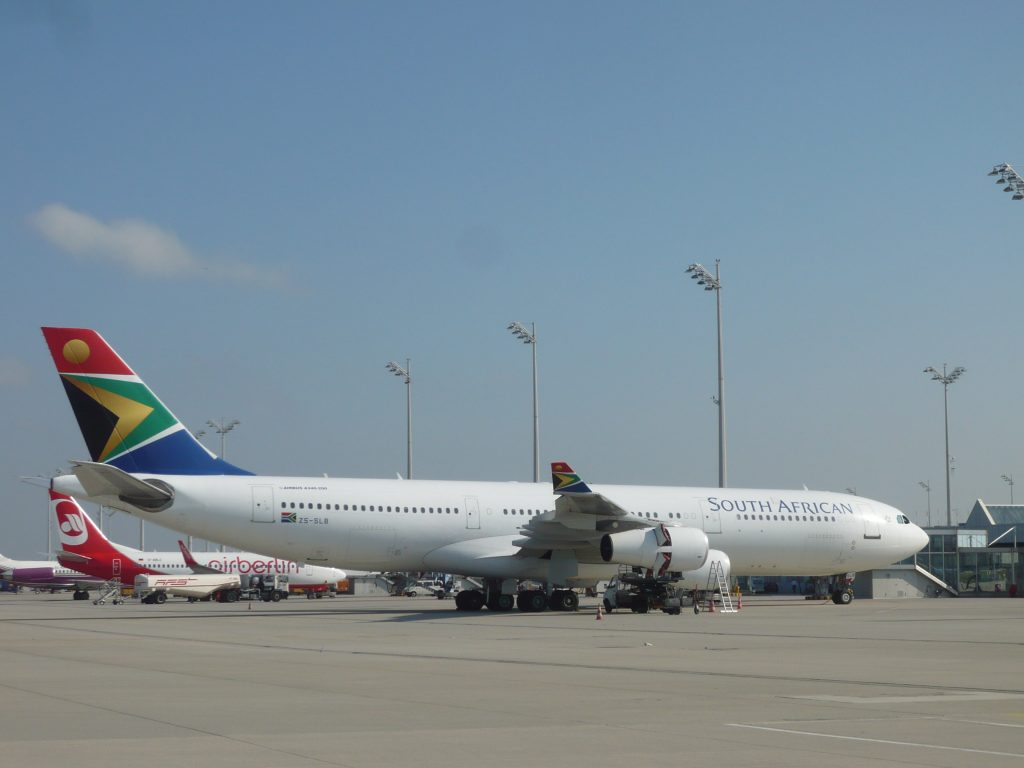 Z-Afrika pompt geld in SAA