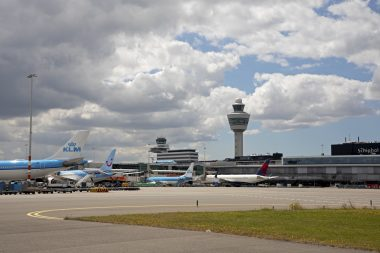Schiphol -77 pct in december
